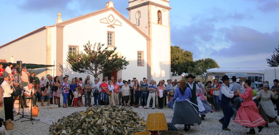 A Cultura sai à rua na Mexilhoeira Grd
